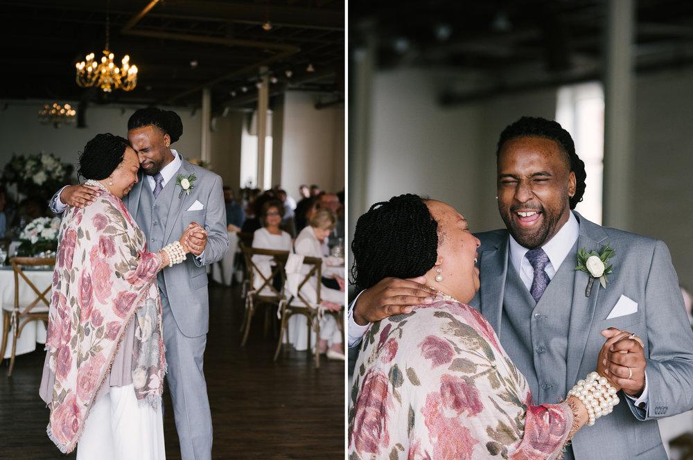 rochester-wedding-photographer-arbor-loft-52.jpg