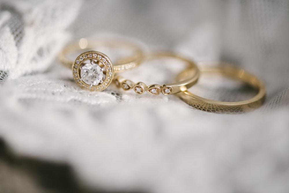 rochester-wedding-photographer-arbor-loft-60.jpg