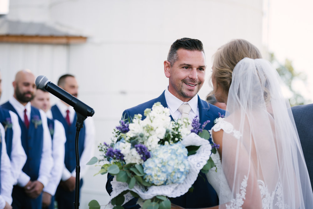 rochester-wedding-photographer-megan-antalek-6.jpg
