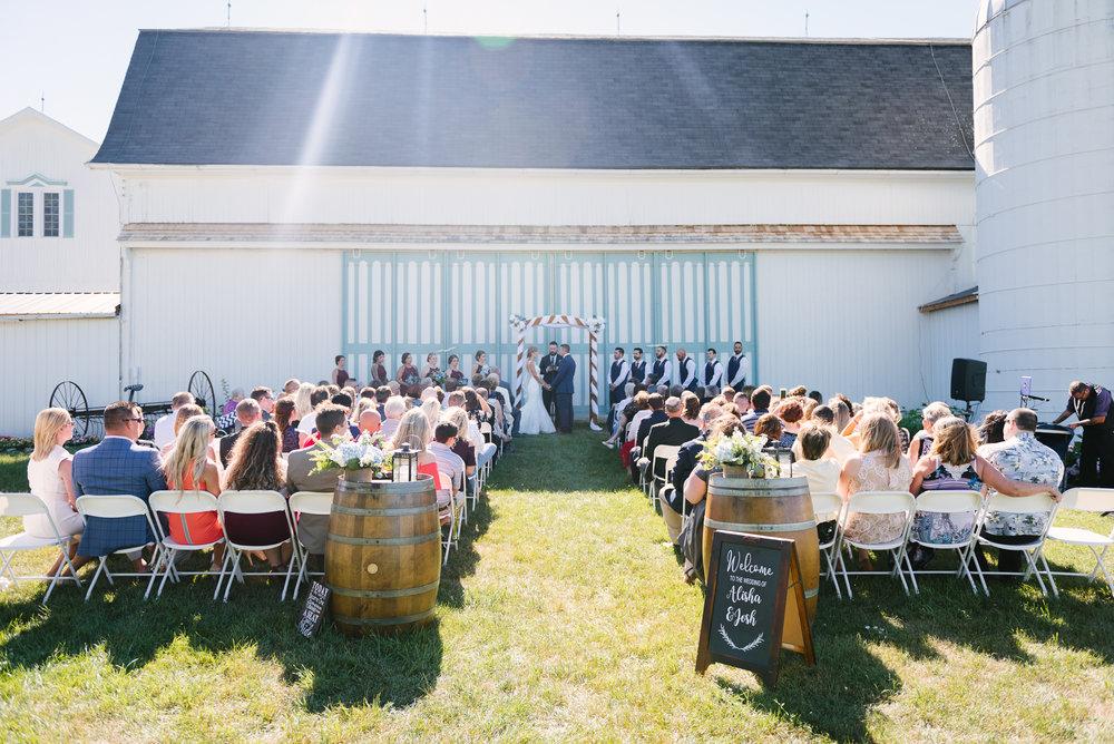 rochester-wedding-photographer-megan-antalek-7.jpg