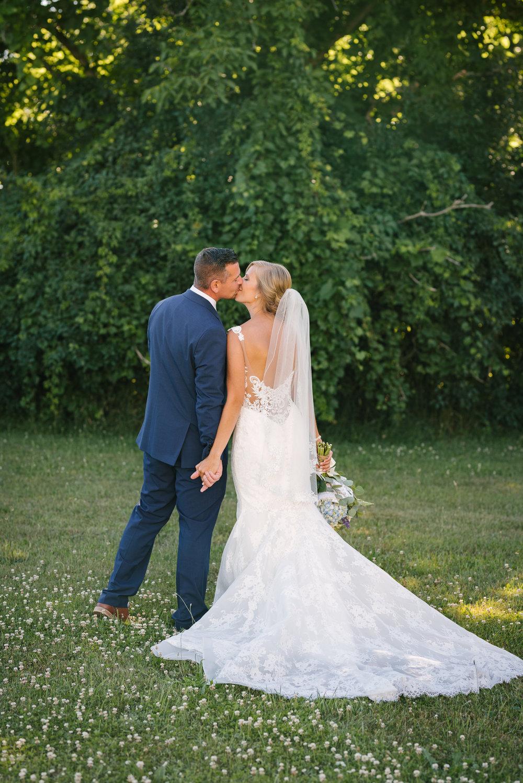 rochester-wedding-photographer-megan-antalek-9.jpg