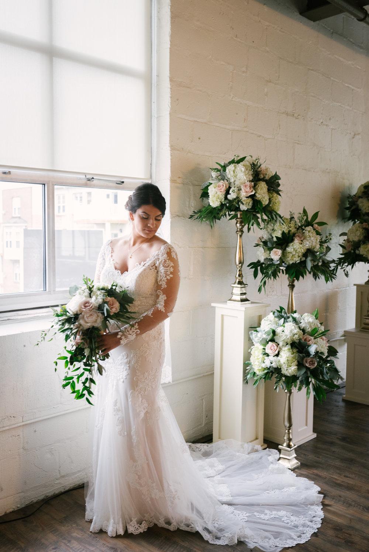 rochester-wedding-photographer-megan-antalek-16.jpg