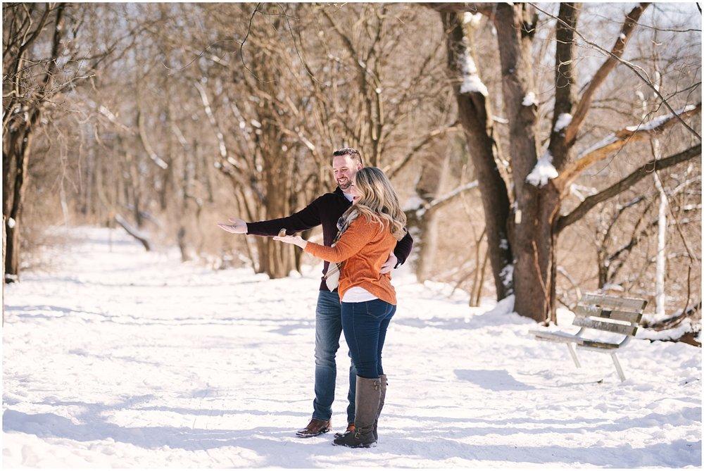 mendon-ponds-winter-engagement (17).jpg