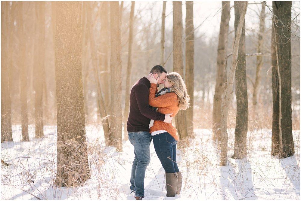 mendon-ponds-winter-engagement (35).jpg