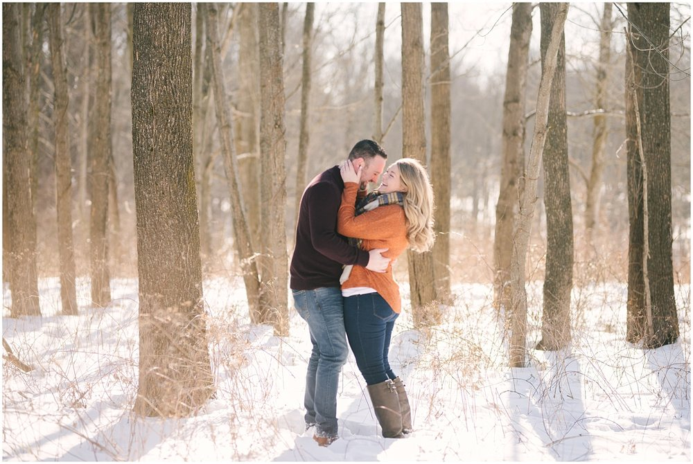 mendon-ponds-winter-engagement (36).jpg
