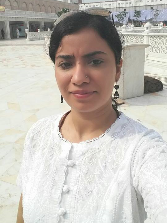 Shikha Kapoor '17