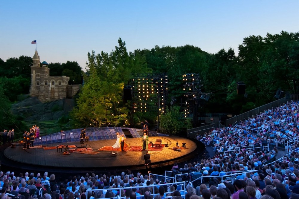 "New York City's Central Park hosts free ""Shakespeare in the Park"" performances of The Taming of the Shrew (May24-June26) and Troillus & Cressida (July 19-Aug14).  Source: timeout.com"