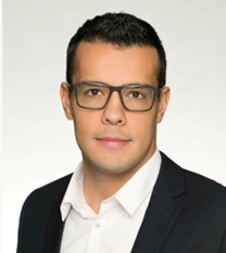 Vitor Cancian is a 1st MBA student interested in technology, strategy and soccer.