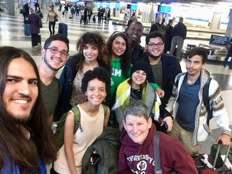 UPR Students arrive in Chicago