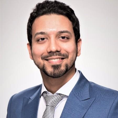 Nakul Gupta Headshot.jpg