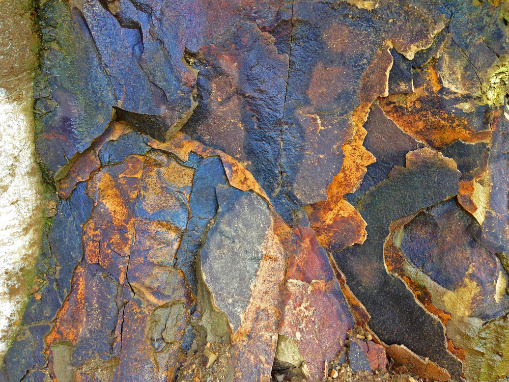 Some things are just discovered by accident, like the colours of the continued weathering of the cut sedimentary rock on site at Folding House.  Might just use this as inspiration for some interior colour selections...