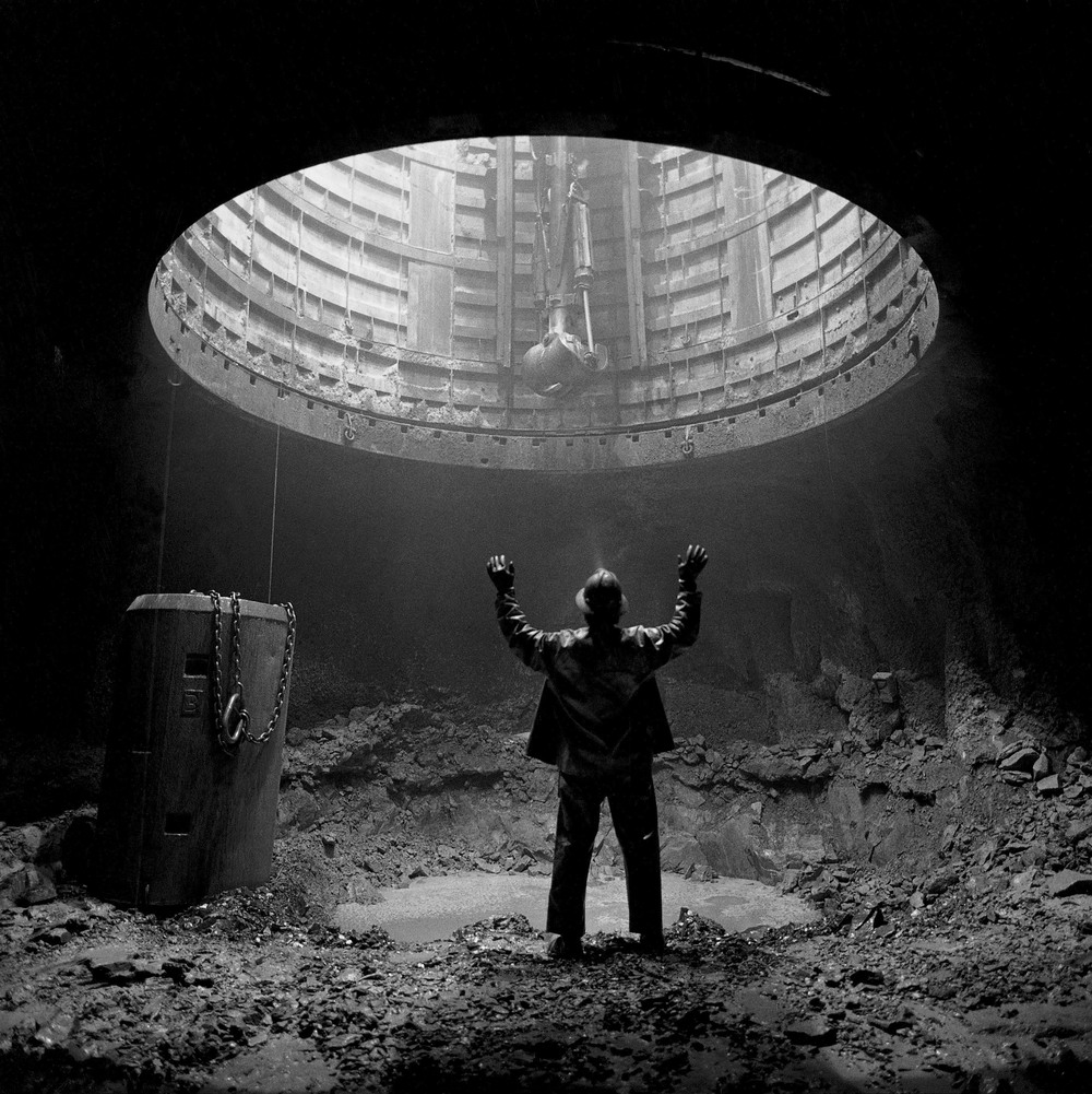 Shaft miner at the 2500 foot level station before mucking and drilling at the Louvicourt Mine in Val d'Or, Quebec, Canada. 1994.  ©Louie Palu/ZUMAPRESS.com