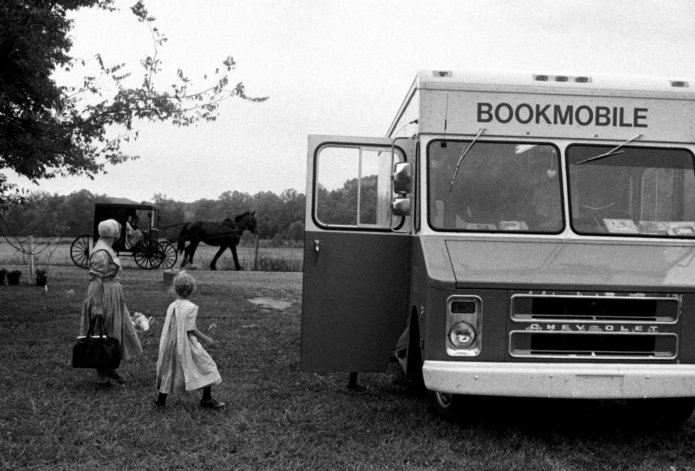 The Bookmobile, Campbellsville, Kentucky. Western Kentucky Mountain People Workshop. © Alicia Hansen