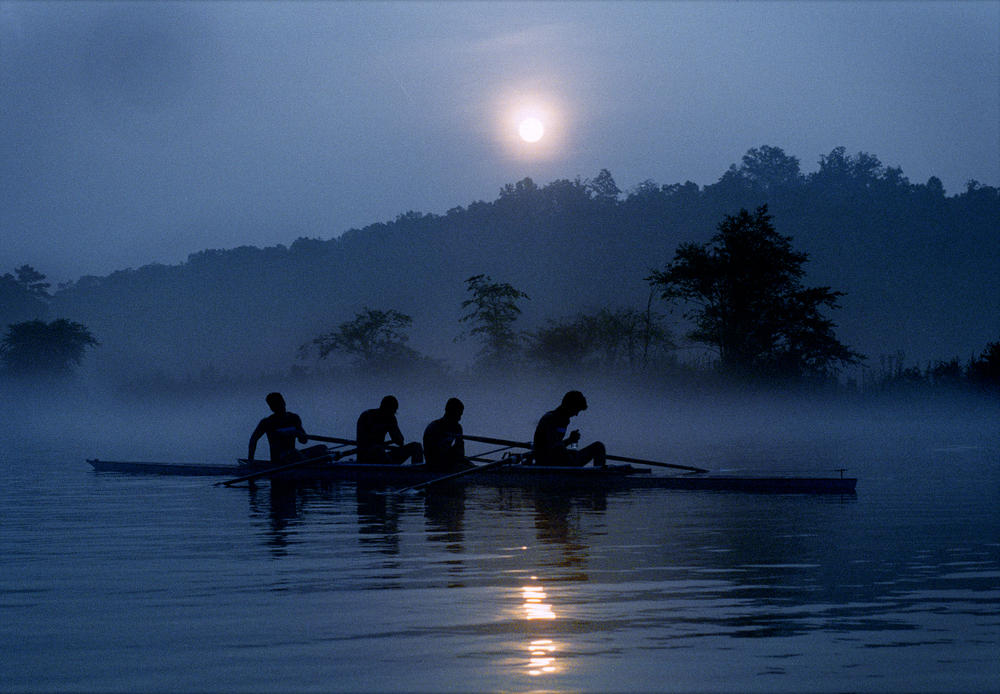 Rowers take a break in Marietta, Georgia. © Alicia Hansen