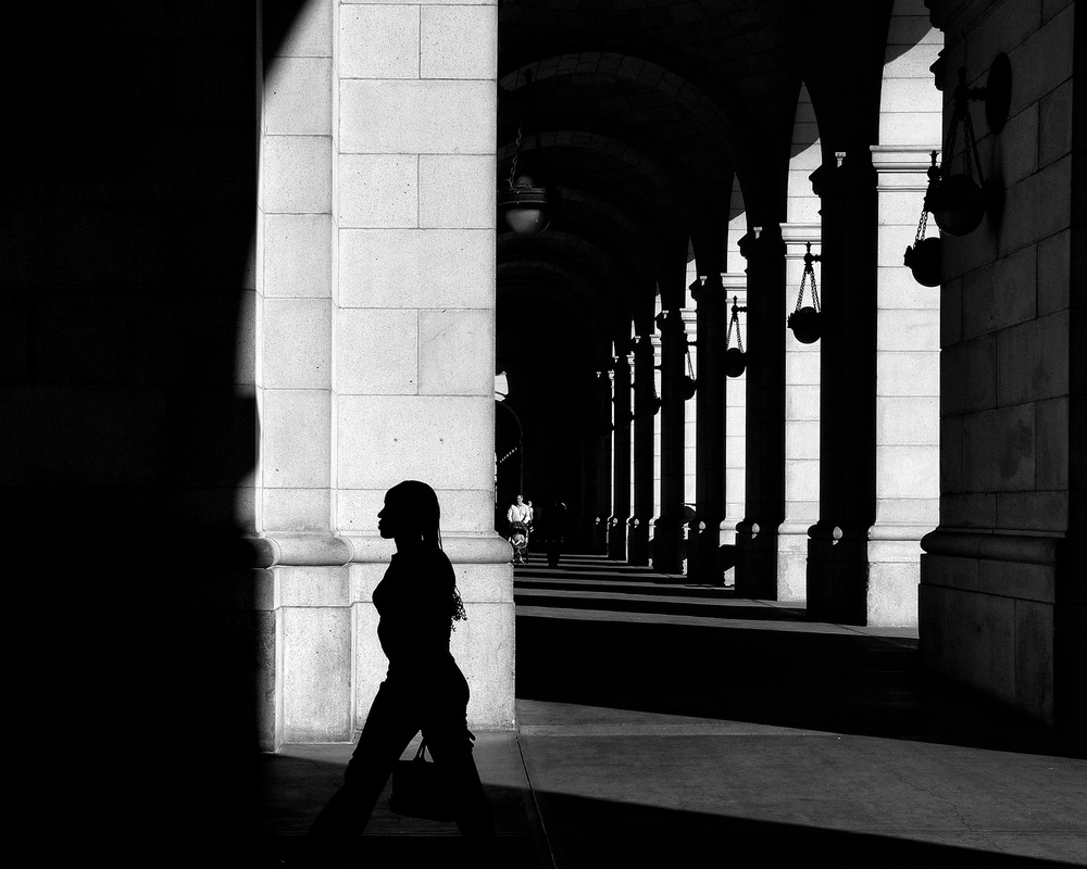 Evening at Union Station. Washington DC. October 2010. © Zun Lee