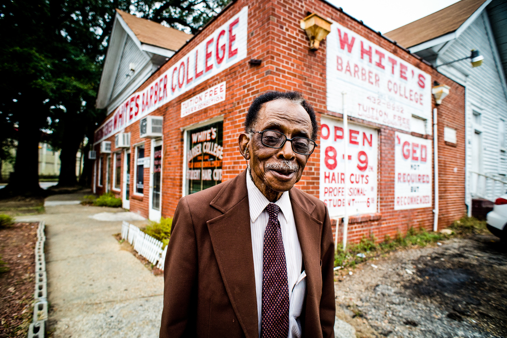 White's Barbershop in Mobile, Alabama © Rob Hammer