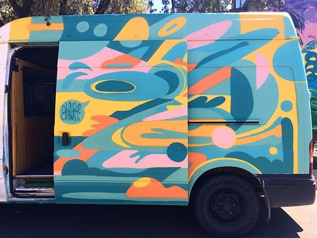 💛💙⏭⏭💚💜 #abstract #panel #slideinmydm #vanlife #travel #paintthisvan #skulk