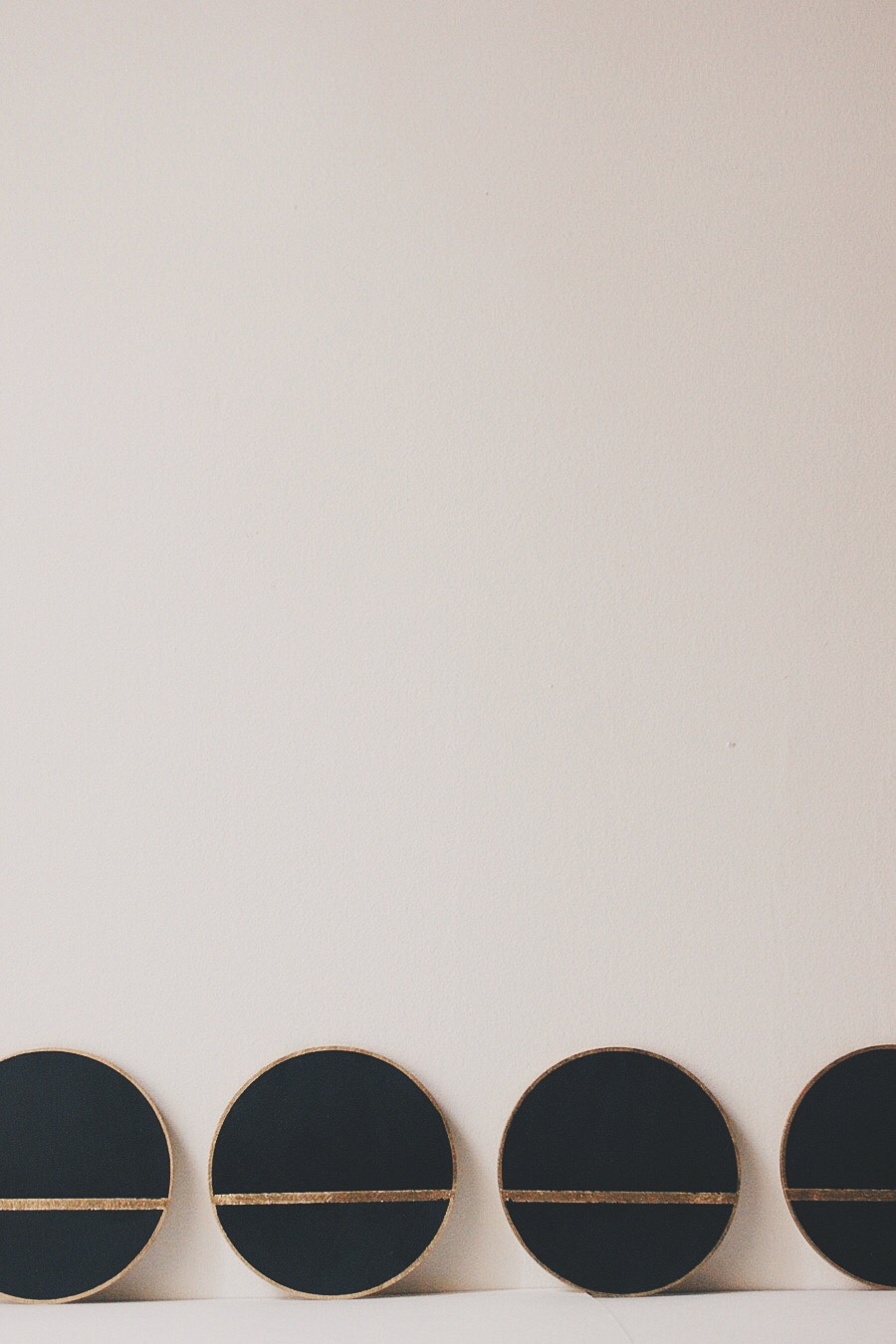 linea+coasters+black+the+vintage+vogue1.jpeg