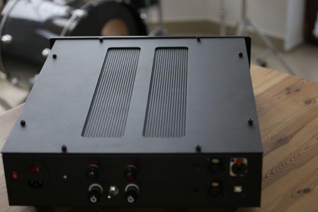 AMP - 4.jpg