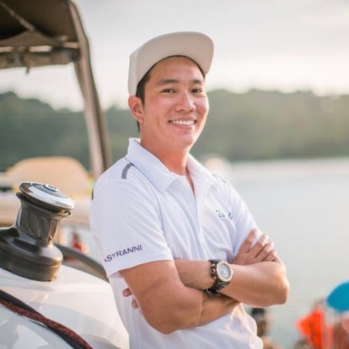 yacht-charter-singapore-ximula-ranni.jpg