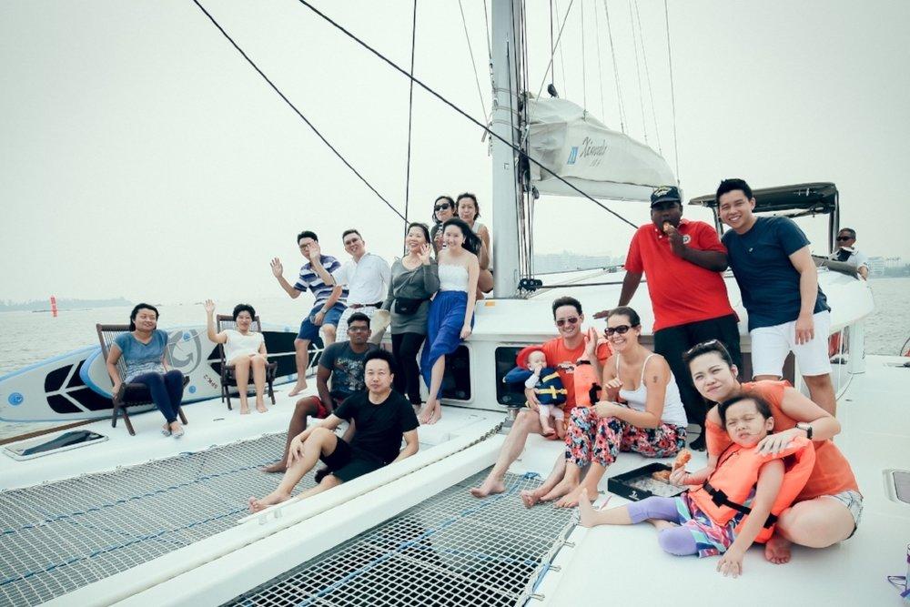 yacht-charter-singapore-ximula