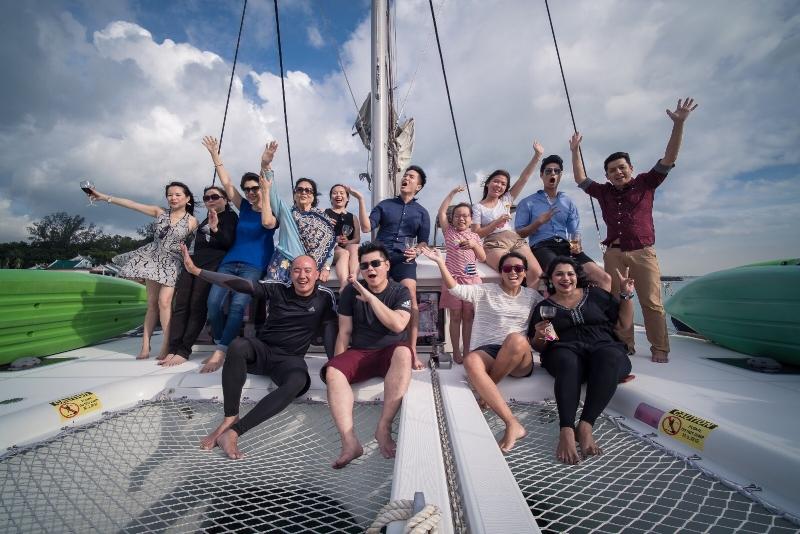 yacht rental singapore
