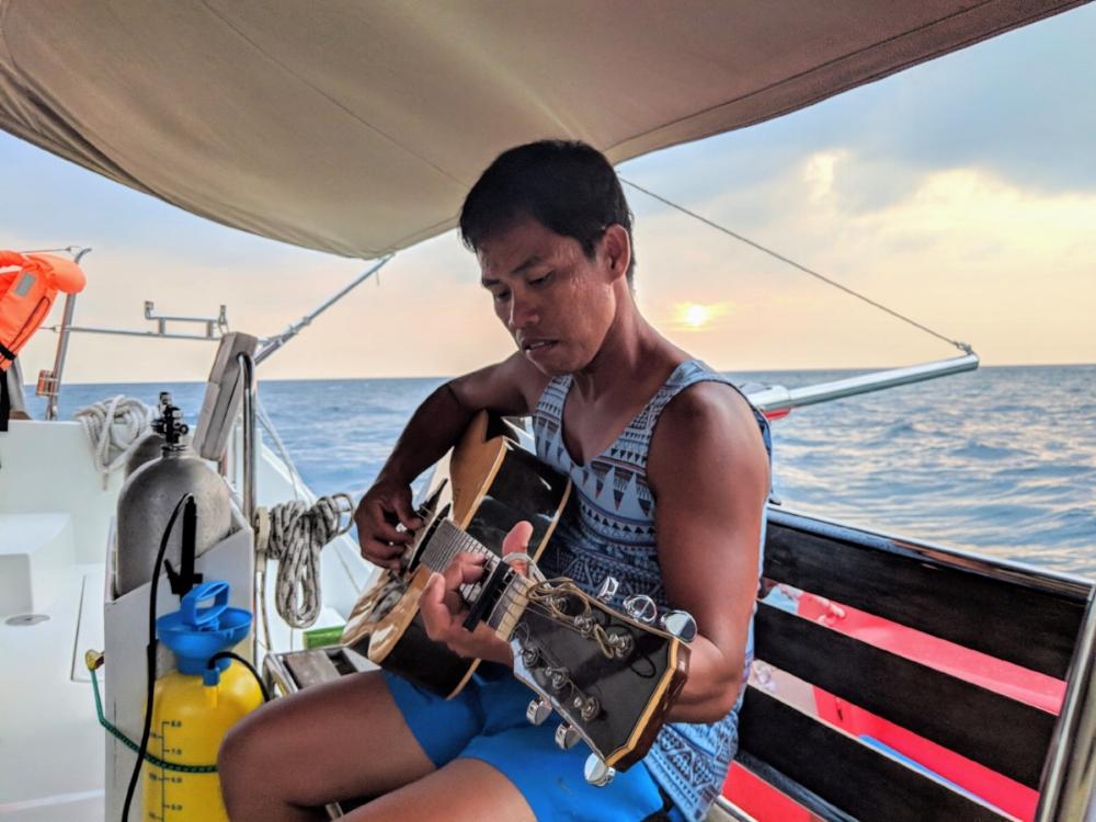 ximulasail sailing charter pemanggil 4.jpg