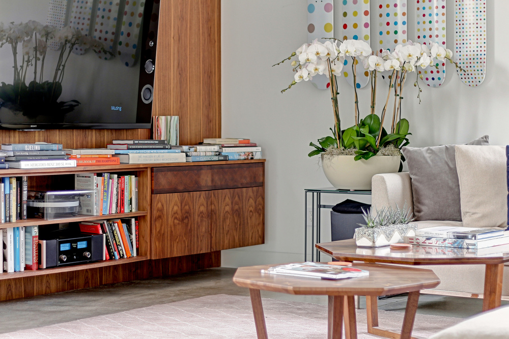 Caskey - 2321 McKinley_Living room Short.jpg