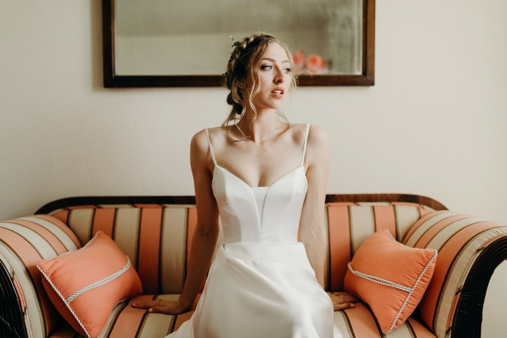 5F7A3737_Gorgeous and Modern Orange County Wedding.jpg