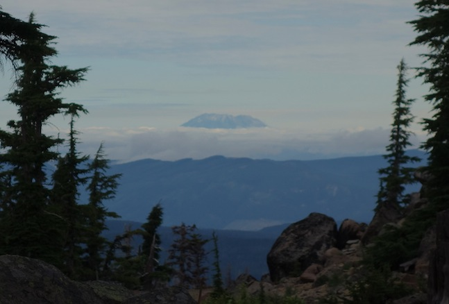 To the north, we could see Mount St. Helens.
