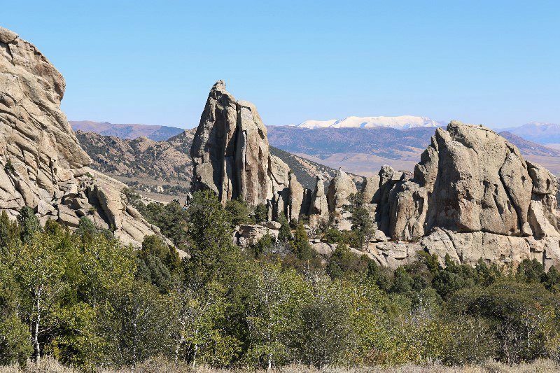 Granite of the Almo Pluton, City of Rocks National Reserve, Albion Mountains: Jim Sage Mts. (dark ridge in background)
