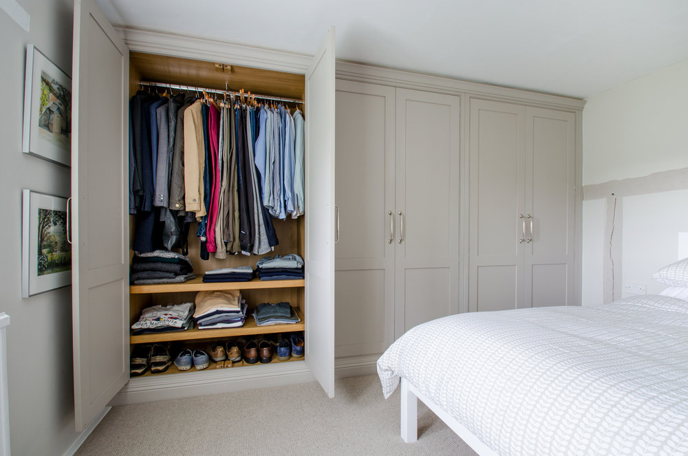 Dane Farm wardrobes 04.jpg