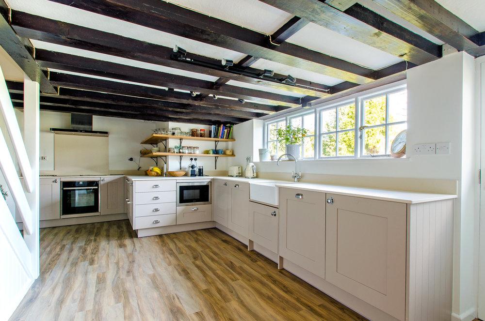 Dane Farm kitchen1.jpg