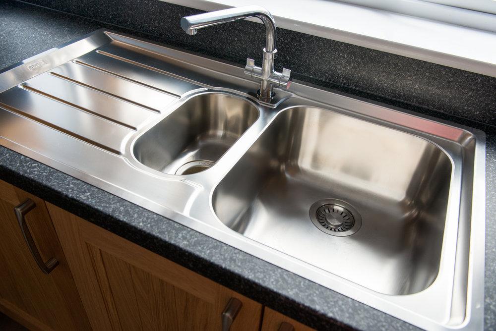 36 Cranleigh kitchen sink 1.jpg