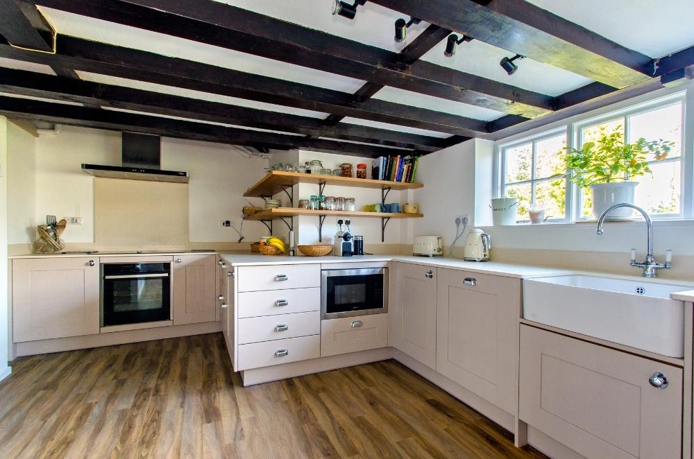 Dane Farm kitchen4.jpg