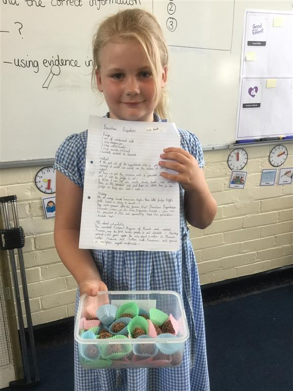 Evie brought in some homemade 'Brazilian Brigaderio Truffles' for us to sample.  They were delicious and tasted like soft chocolate brownies.  Evie had chosen to research the history of these truffles as part of her Rainforest project. Thank you Evie for letting us share your tasty cooking. -