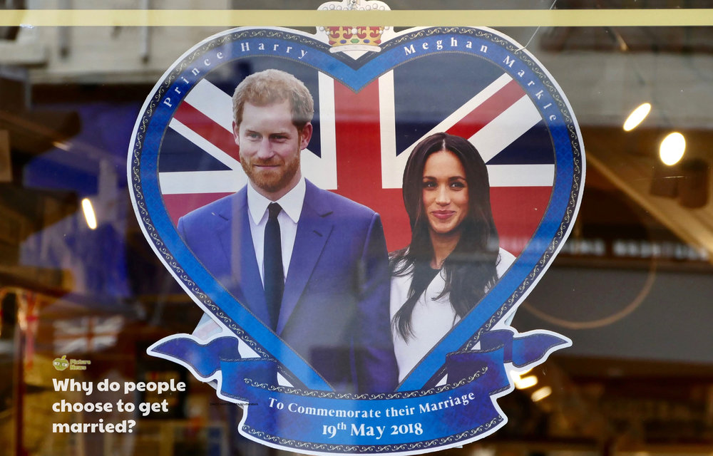 Picture News Poster Royal Wedding Special.jpg