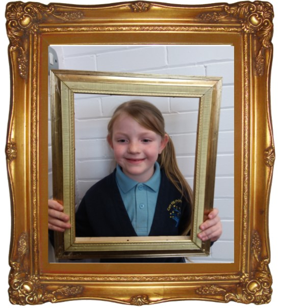 Darci came to show me her wonderful writing about The Great Fire of London. I was so impressed with her imaginative word choices and fabulous spelling. She had also worked hard in editing her work and adding correct punctuation. Well done Darci! -