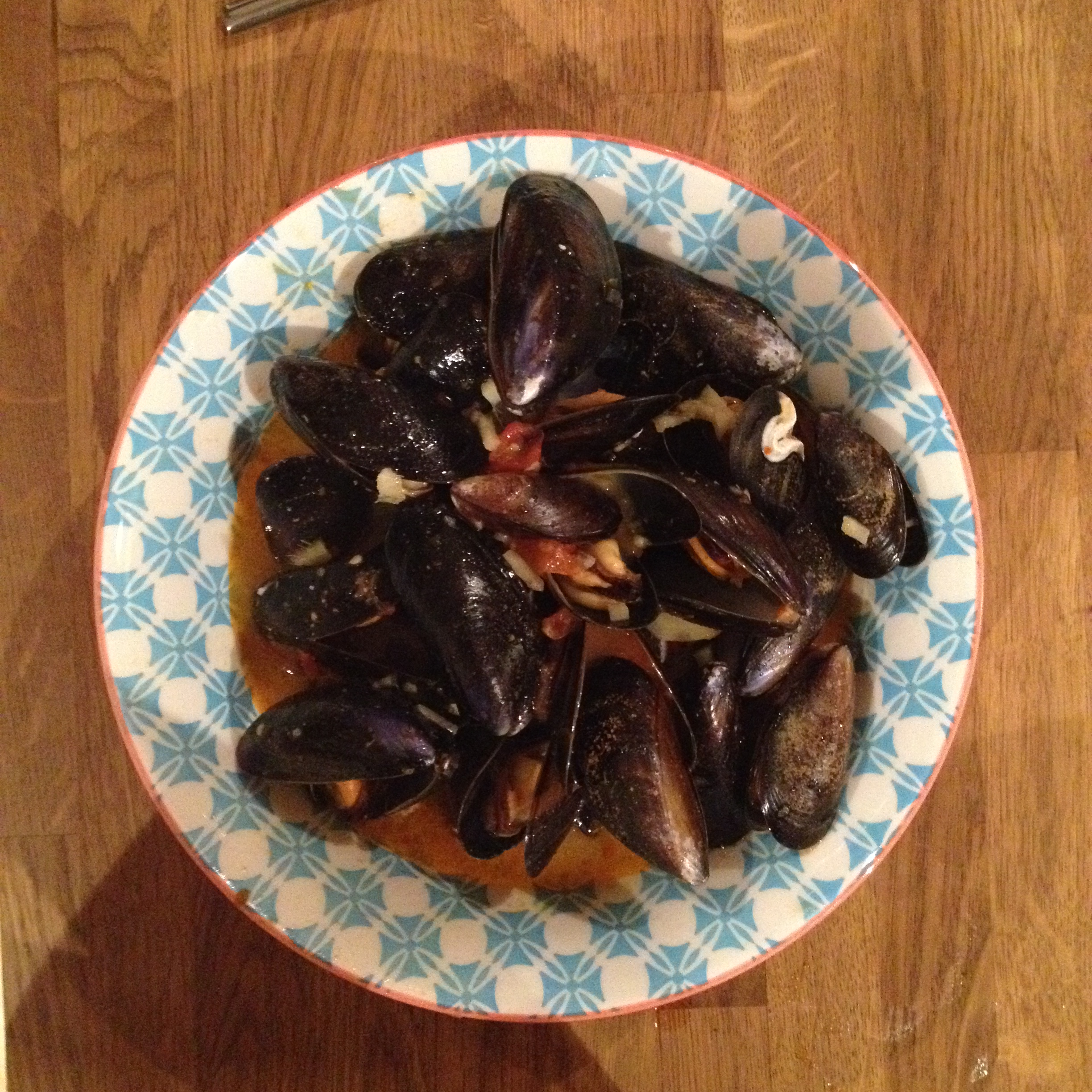 red thai mussels