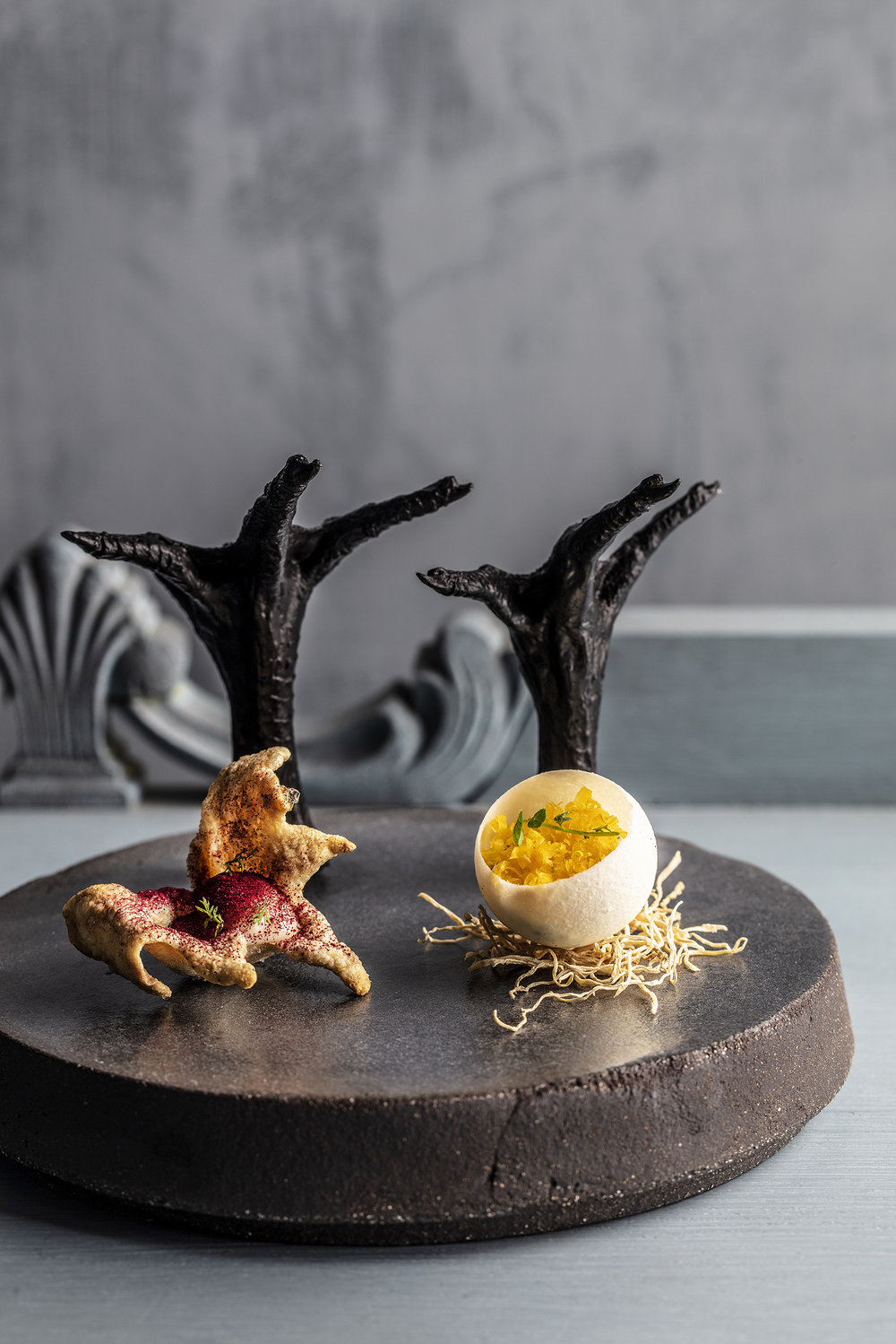 Custom-made  plate. Photo: Stian Broch / Rest Restaurant (NO).