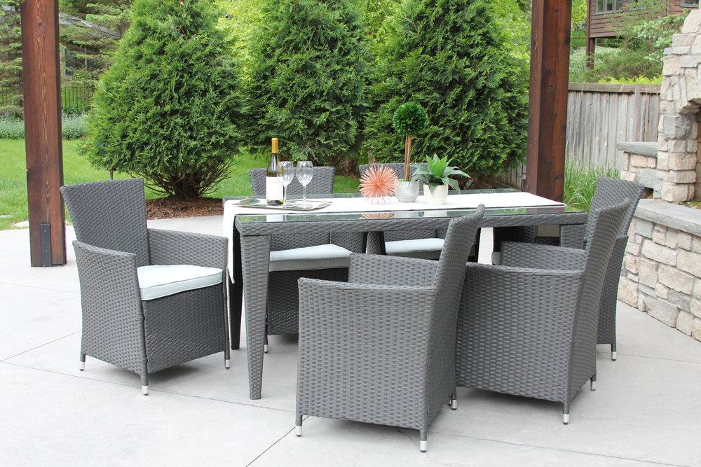 Grey Wicker 7pc Dining Set 3.JPG