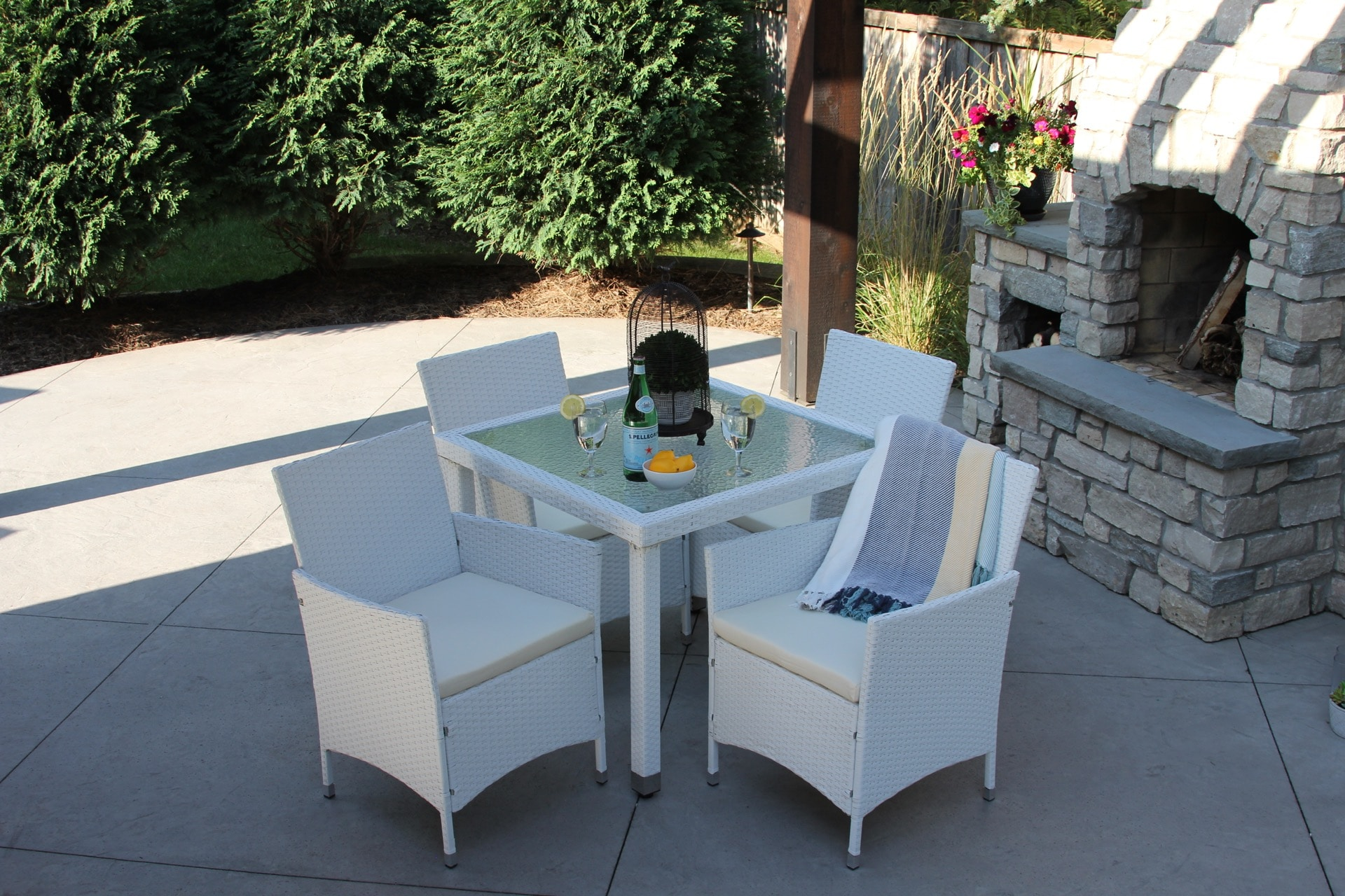 5 Piece Wicker Outdoor Dining Set Square Table With Recessed Glass