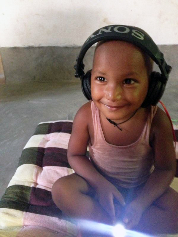 This is Safi, an endearing member of our Bishanpur family. Look at this pure joy!