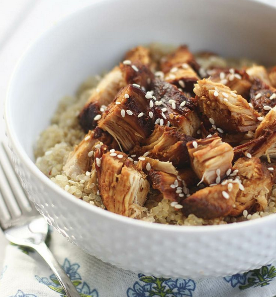 SLOW COOKER HONEY SESAME CHICKEN WITH QUINOA