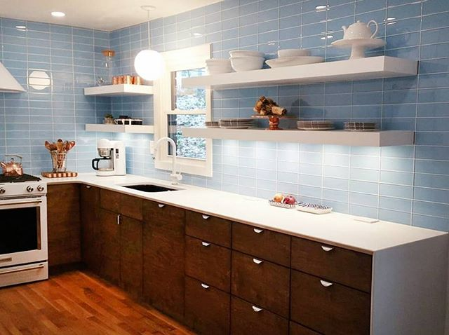 The Prince Home Project kitchen is up on the blog! We are sharing our decisions and progress along the way. Follow the link in our profile for more! . . . . . .  #susiemaedesign #design #designer #interiors #interiordesign #atlanta #atlantadesigner #kitchen #kitchendesign #remodel #blueandwhite #kitchensink #renovation #mcm #mid #modern #photography #interiors #interiordesign #photography #interiorsphotography #style #design #panel #atlanta #atlmag #endsinstyle