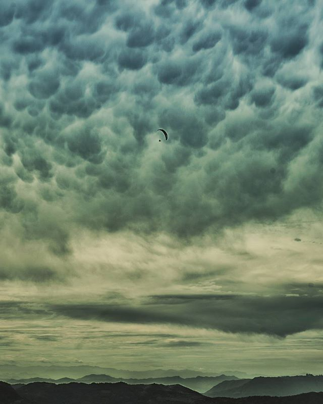 Mammatus clouds are fun to touch!  https://en.m.wikipedia.org/wiki/Mammatus_cloud  Photo by: @tay.keating