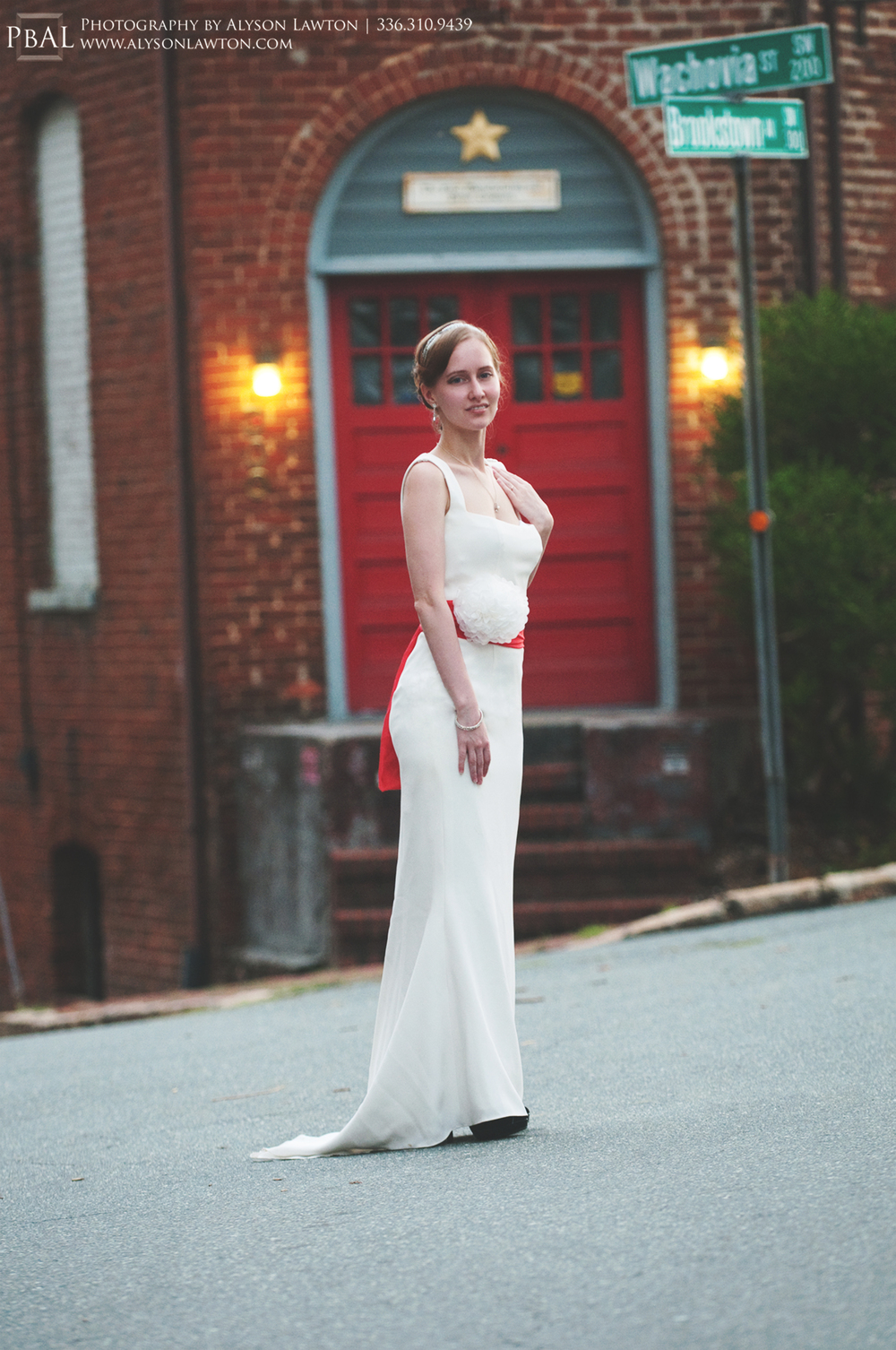 Winston-Salem Bridal Portrait Photographer | Piedmont Triad Portrait Photography | Brookstown Inn | Photography by Alyson Lawton