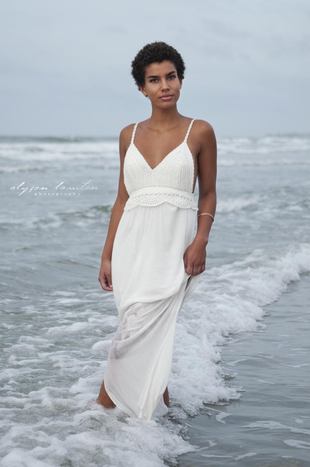 { North Carolina Wedding & BeautyPhotographer | Garden City Beach, SC| Cynthia| Alyson Lawton Photography | www.alysonlawton.com}