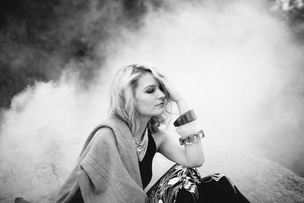 Velvet_Dust_Smoke_Editorial_002.jpg