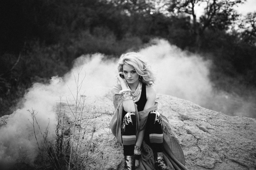 Velvet_Dust_Smoke_Editorial_023.jpg